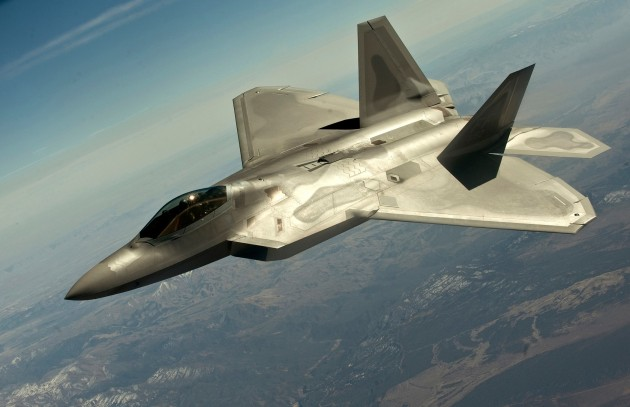 1_FW_F-22_Raptor_participates_in_Red_Flag
